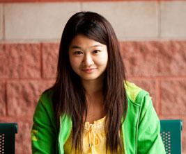 Fonds Tanaka : étudiante asiatique.