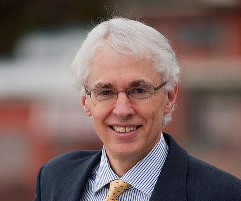 Andrew Petter, recteur, Simon Fraser University.