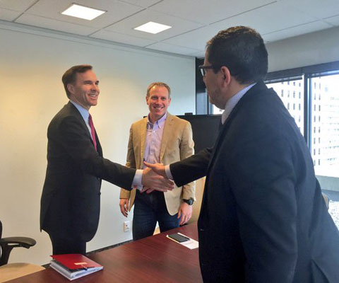 Finance Minister Bill Morneau meets with representatives at Ryerson University.
