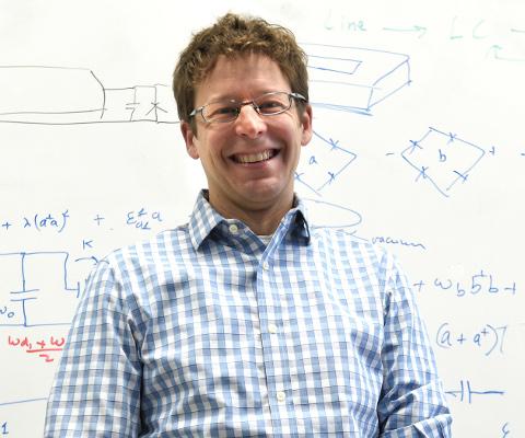 Dr. Alexandre Blais