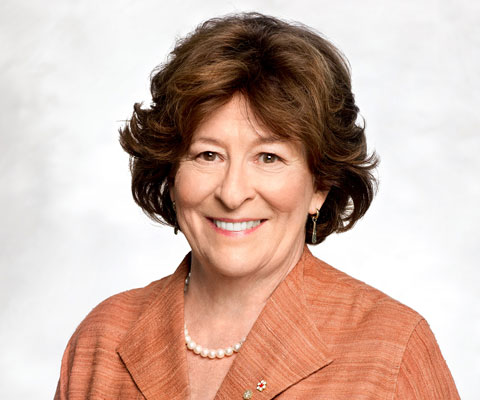 Louise Arbour smiling at the camera